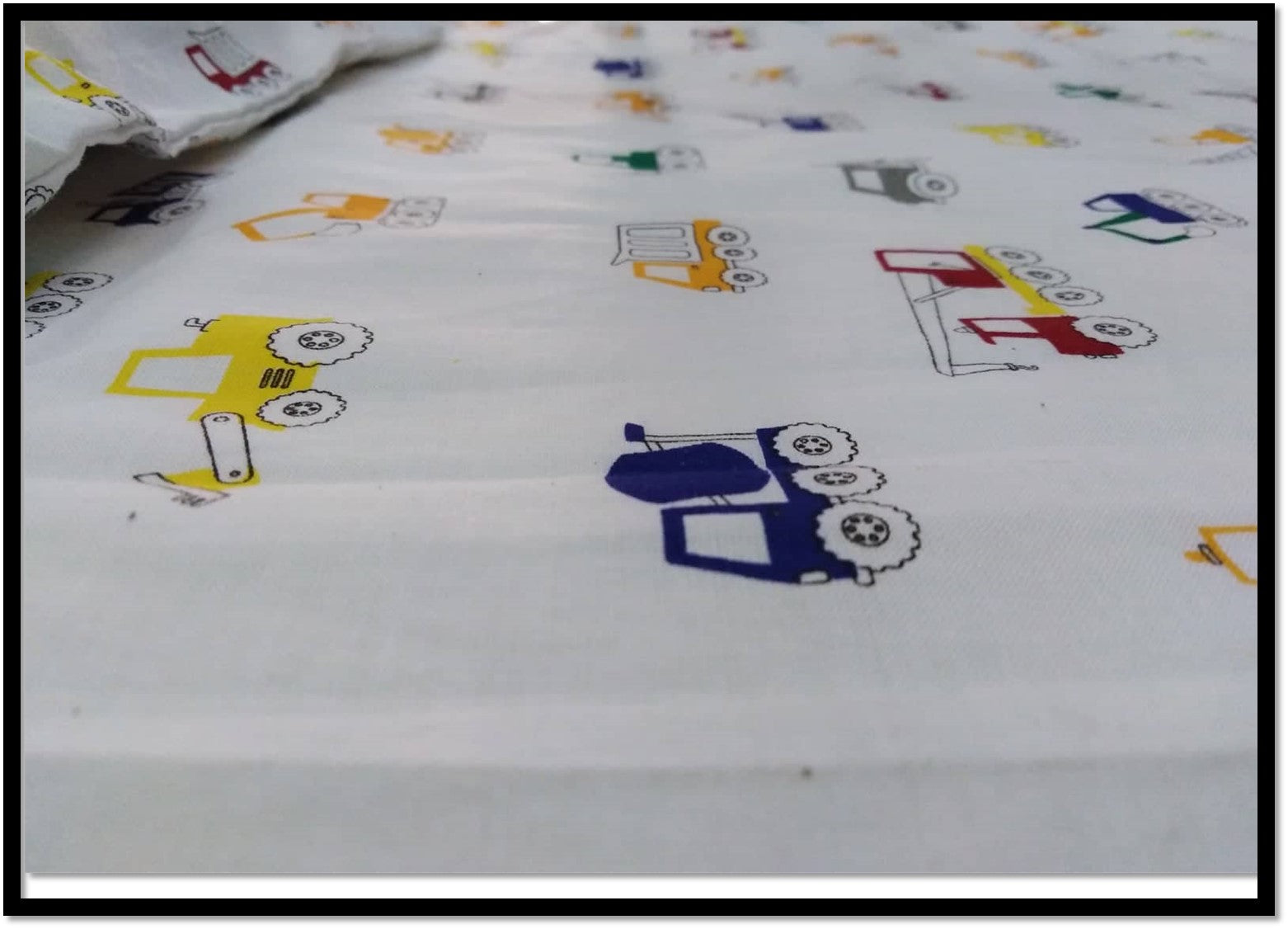 Kids bed sheets - Cot sheet style Cranes 2