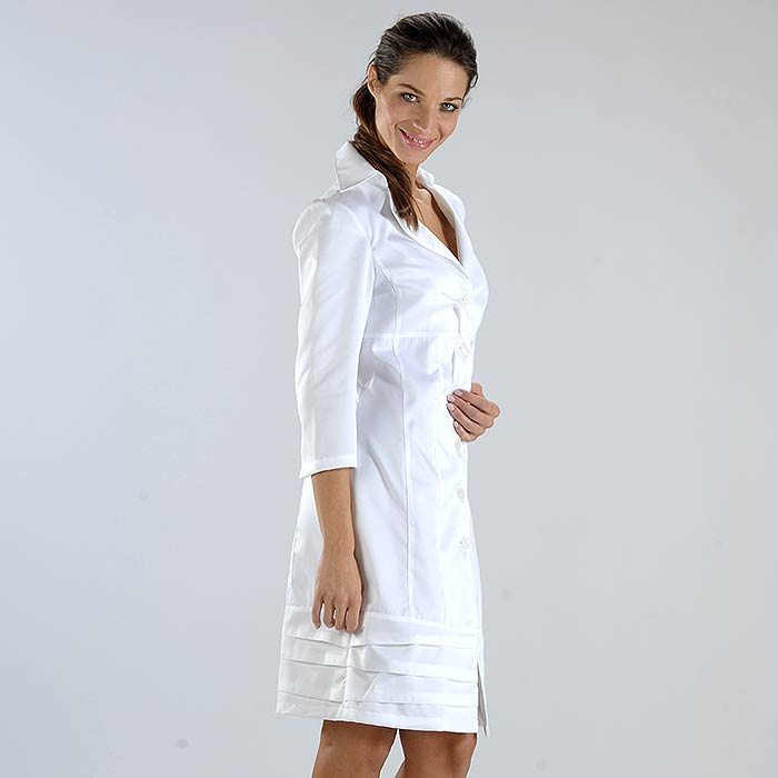 PROXIMA - SLIM FITTING. NO POCKETS LABCOAT
