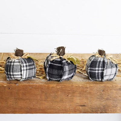 "4"" Small Plaid Pumpkin"