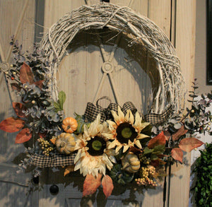 Late Summer/Fall Wreath Class - Saturday, August 11th at 11 a.m.