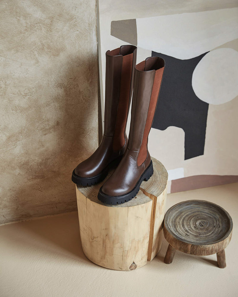 Willow Knee High Chelsea Boots