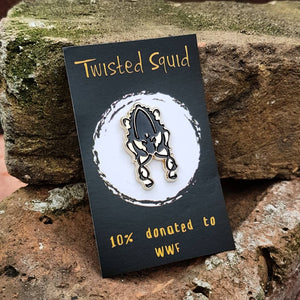 Golden Squid Pin - Twisted Squid