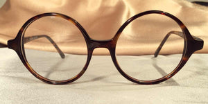 Front view of Bicycles round tortoise shell eyeglasses