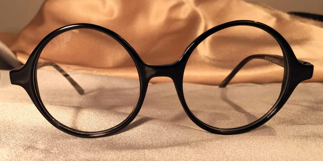 Front view of Black Owls round black eyeglasses