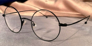 Side view of Signature Metal Rounds black eyeglasses