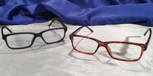Tiger Oaks – Glossy Wood Grain or Matte Black Frames
