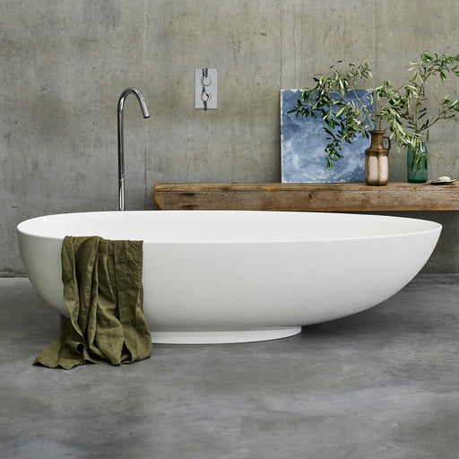 Clearwater Teardrop Petite Bath Clear Stone