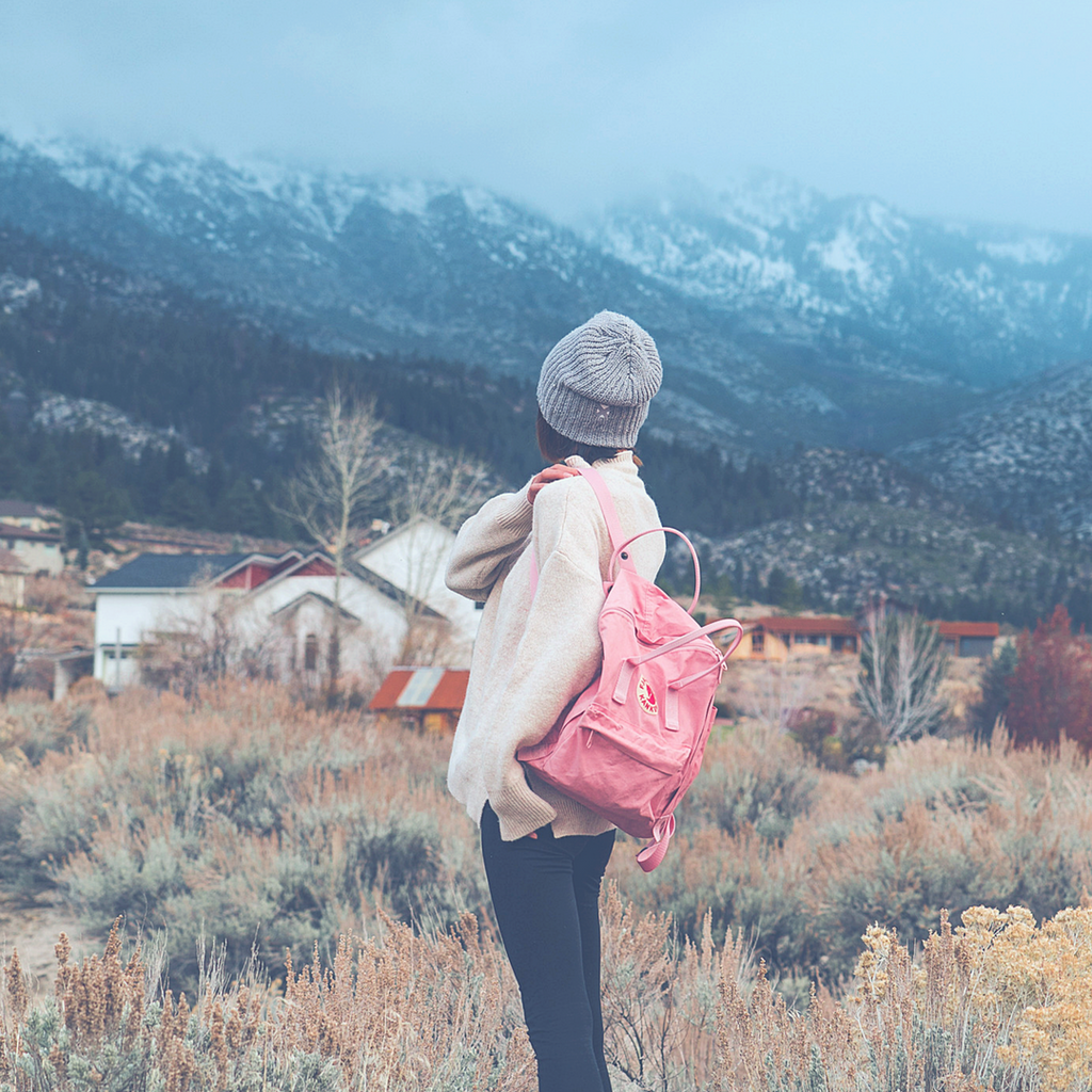 8 tips for travel alone