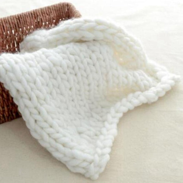 Handmade Chunky Knit Blanket - Gold Gadget Box