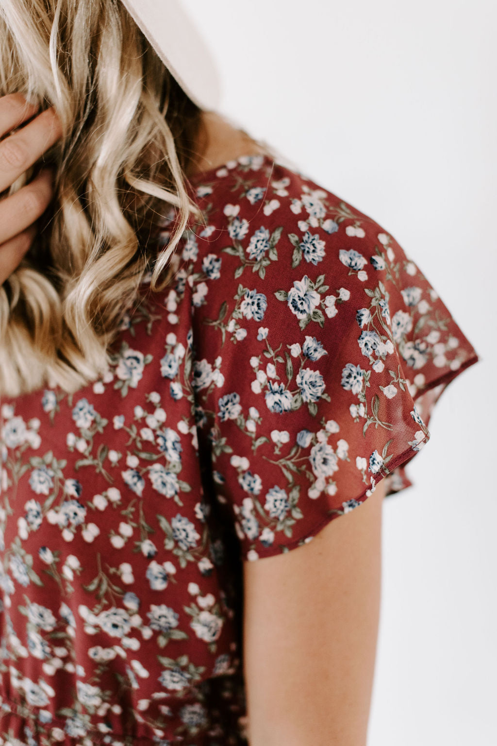 wine_floral_short_sleeve_dress