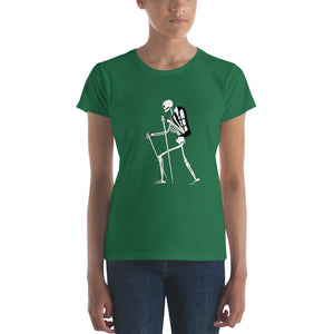 El Senderista (Hiker) Skeleton Women's t-shirt