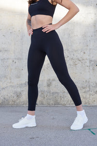 Black squatproof tights, black squat proof leggings, black gym outfit, black squatproof gym leggings, black seamless leggings, gym seamless tights, ribbed knit leggings, black seamless gym leggings, ribbed workout tights, striped tights, comfy gym leggingsleggins para gimnasio, mallas gimnasio, mallas entrenar, mallas fitness, herstorm mallas, herstorm leggins, herstorm leggings, seamless gym leggings, seamless leggings for exerceise, exercise pants, exercise pants blue