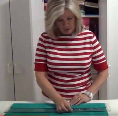 Sew Inspired by Bonnie Folding Fabric With a Ruler