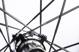 <h1>UD Carbon Spokes</h1><i>Incredibly strong (achieving over 450kgf per spoke) TaperLock UD carbon spokes offering 30% increase in stiffness against steel ones. Only 2.7g per spoke. Due to the TaperLock technology, these spokes can be trued easily using a spoke key from within the rim bed.</i>