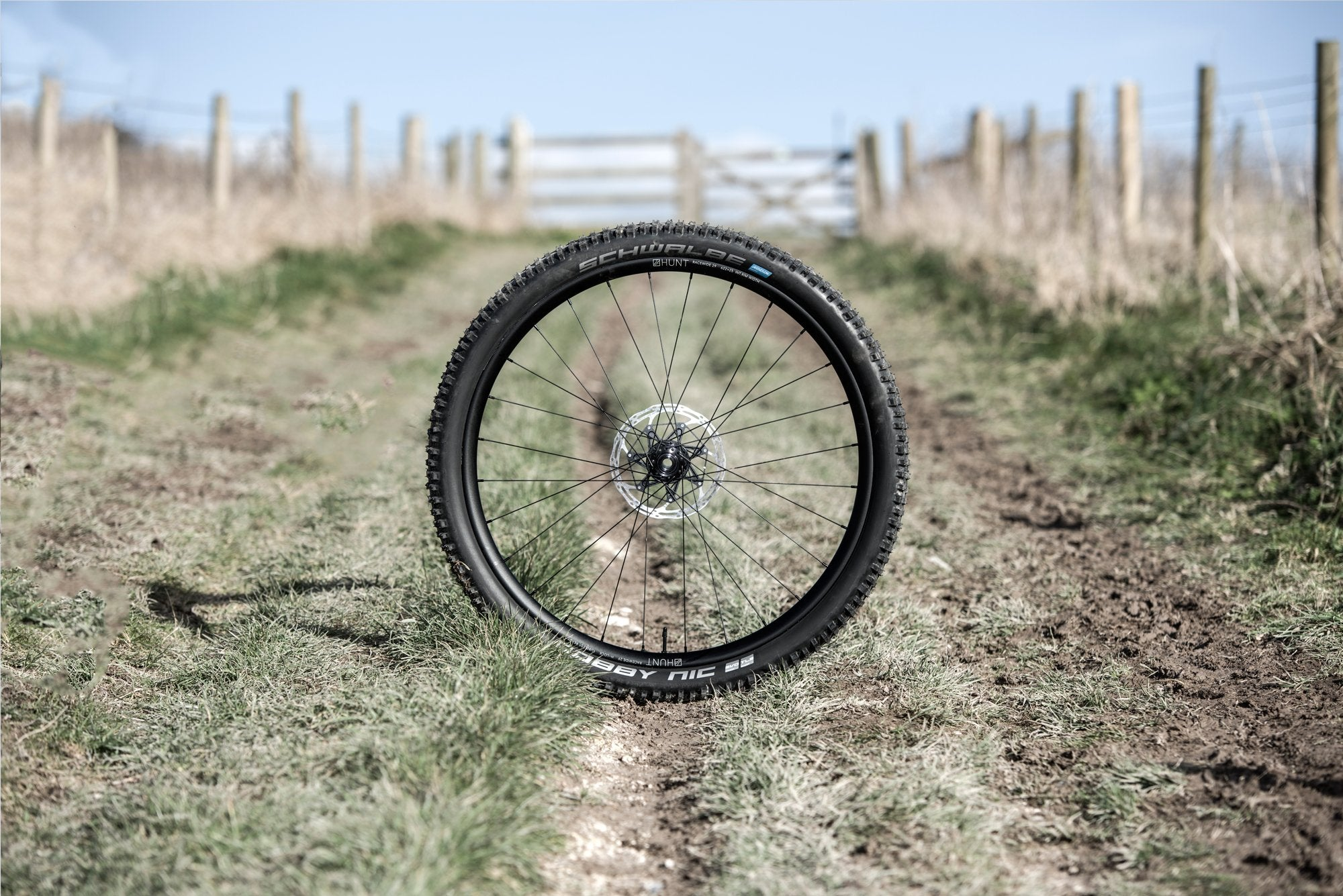 <h1>Tubeless Tires Fitted</h1><i>Gain the most out of your riding with a set of tubeless Maxxis or Schwalbe Tires fitted and set up tubeless with sealant ready to roll straight out of the box.</i>