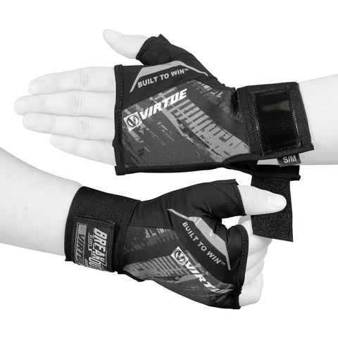 products/breakoutGlove_halfHand_pose2_black.jpg