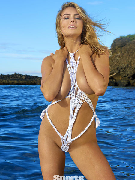 Fun at the beach with Kate Upton's Behind the Scenes Video - SI Swimsuit