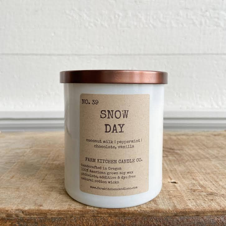 Farm Kitchen Candle Co. - NEW HOLIDAY!  Snow Day soy candle- white