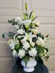 Sympathy flowers Bouquet online - Lapeoni Flowers and Events