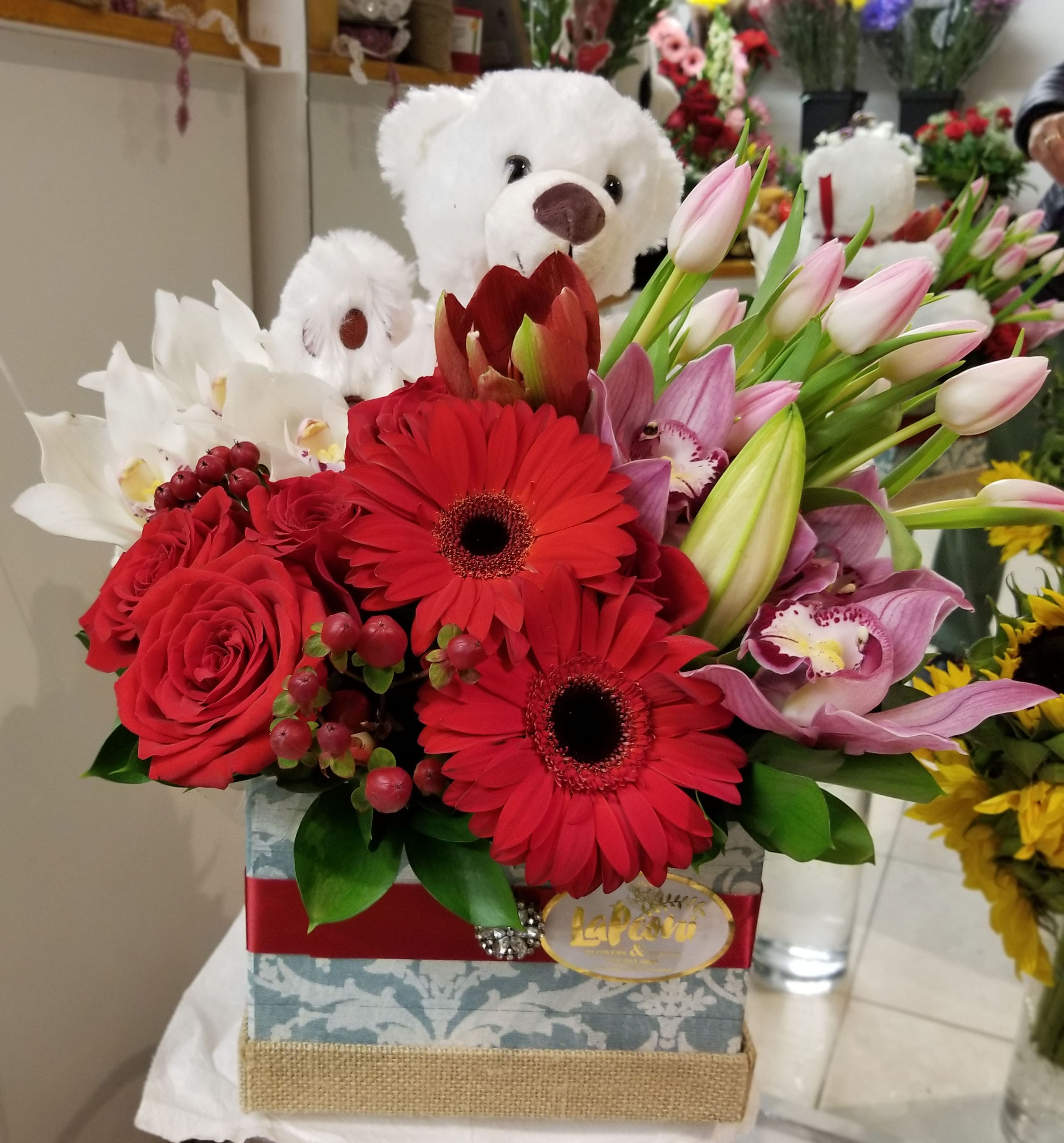 Valentine's Surprise - Lapeoni Flowers and Events