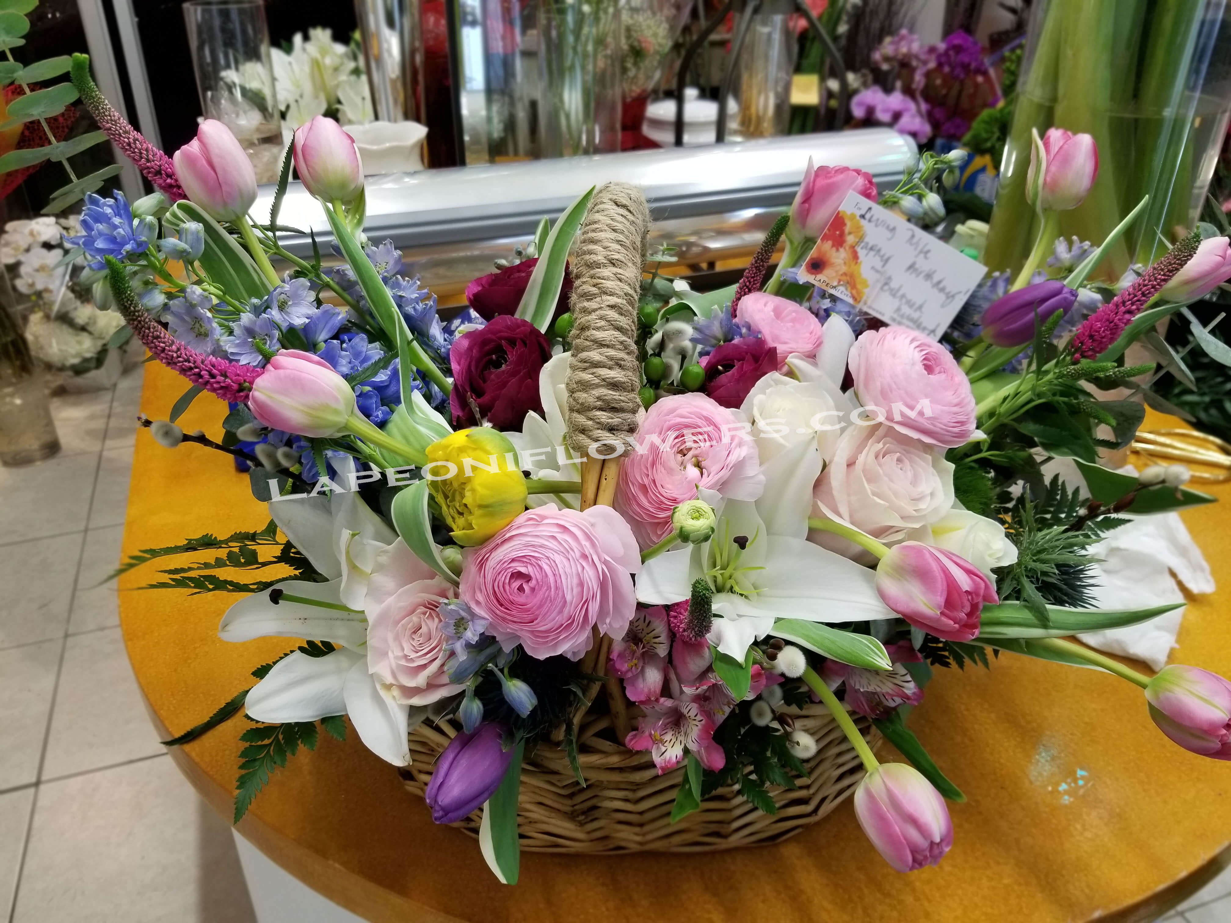 Flower Basket Gift - Lapeoni Flowers and Events