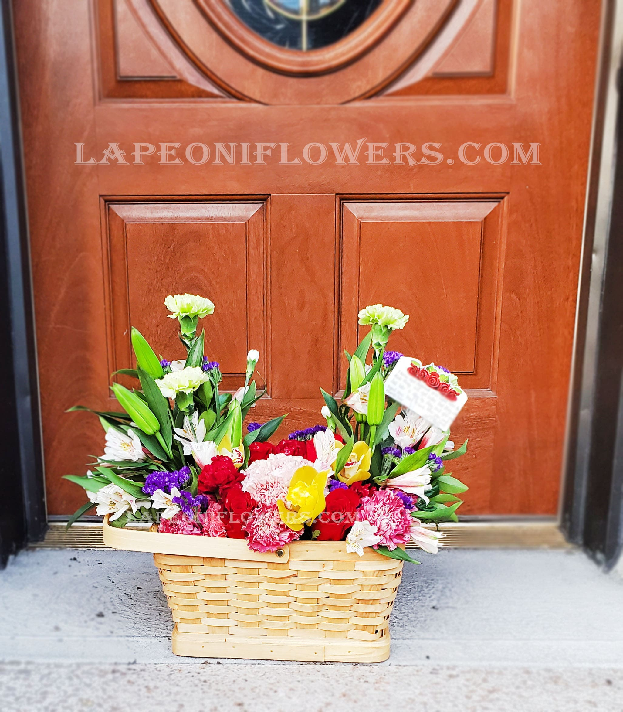 Garden Basket - Lapeoni Flowers and Events