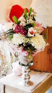 Special Day in Vase - Lapeoni Flowers and Events