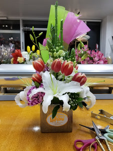 Tulips & Blooms - Lapeoni Flowers and Events