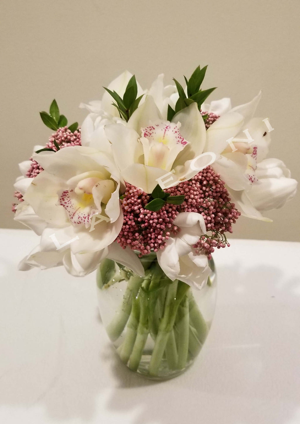 White Wonder - Lapeoni Flowers and Events