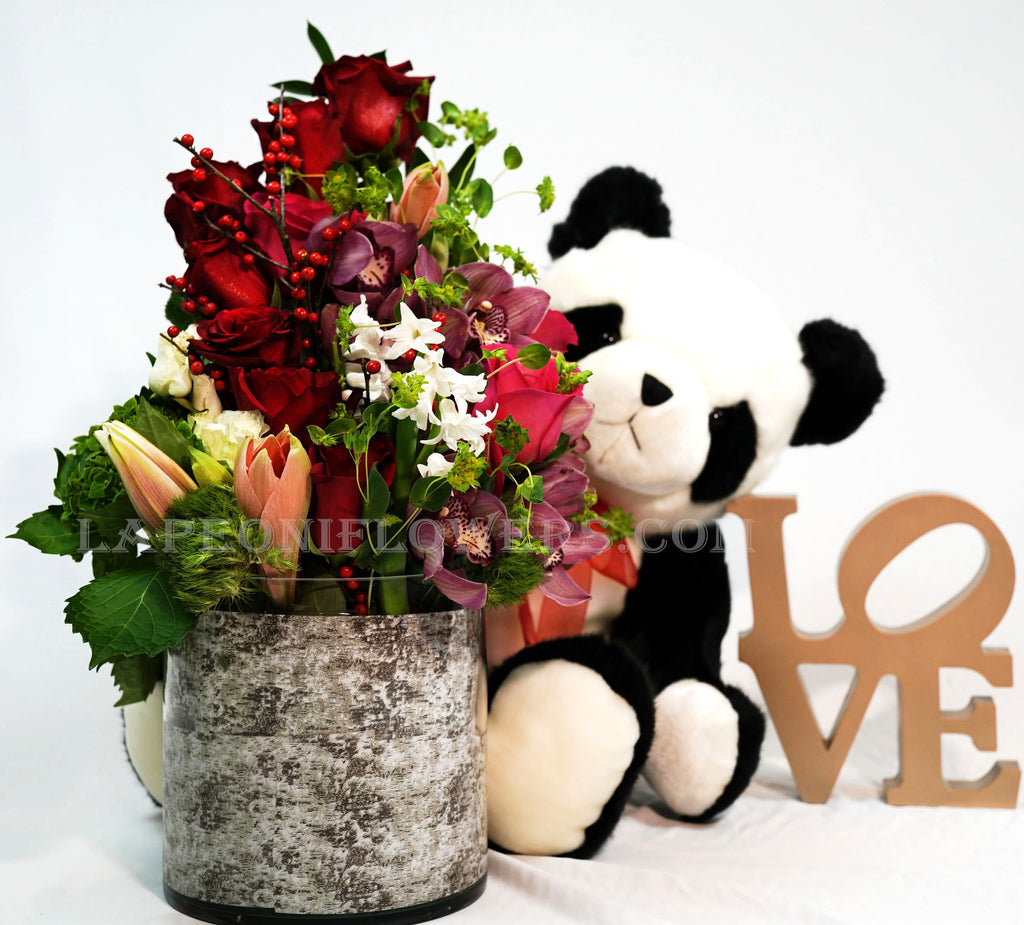 Full of Love - Lapeoni Flowers and Events