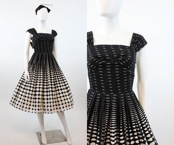 1950s op art circle dress xs | vintage cotton dress | new in
