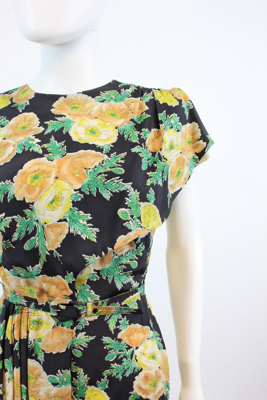 1940s iceland poppy print dress xs | vintage rayon dress | new in