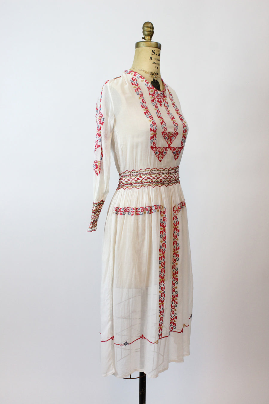 1920s hungarian peasant dress xs | vintage embroidered dress | new in
