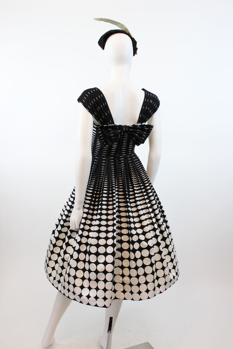 1950s op art circle dress xs | vintage cotton dress