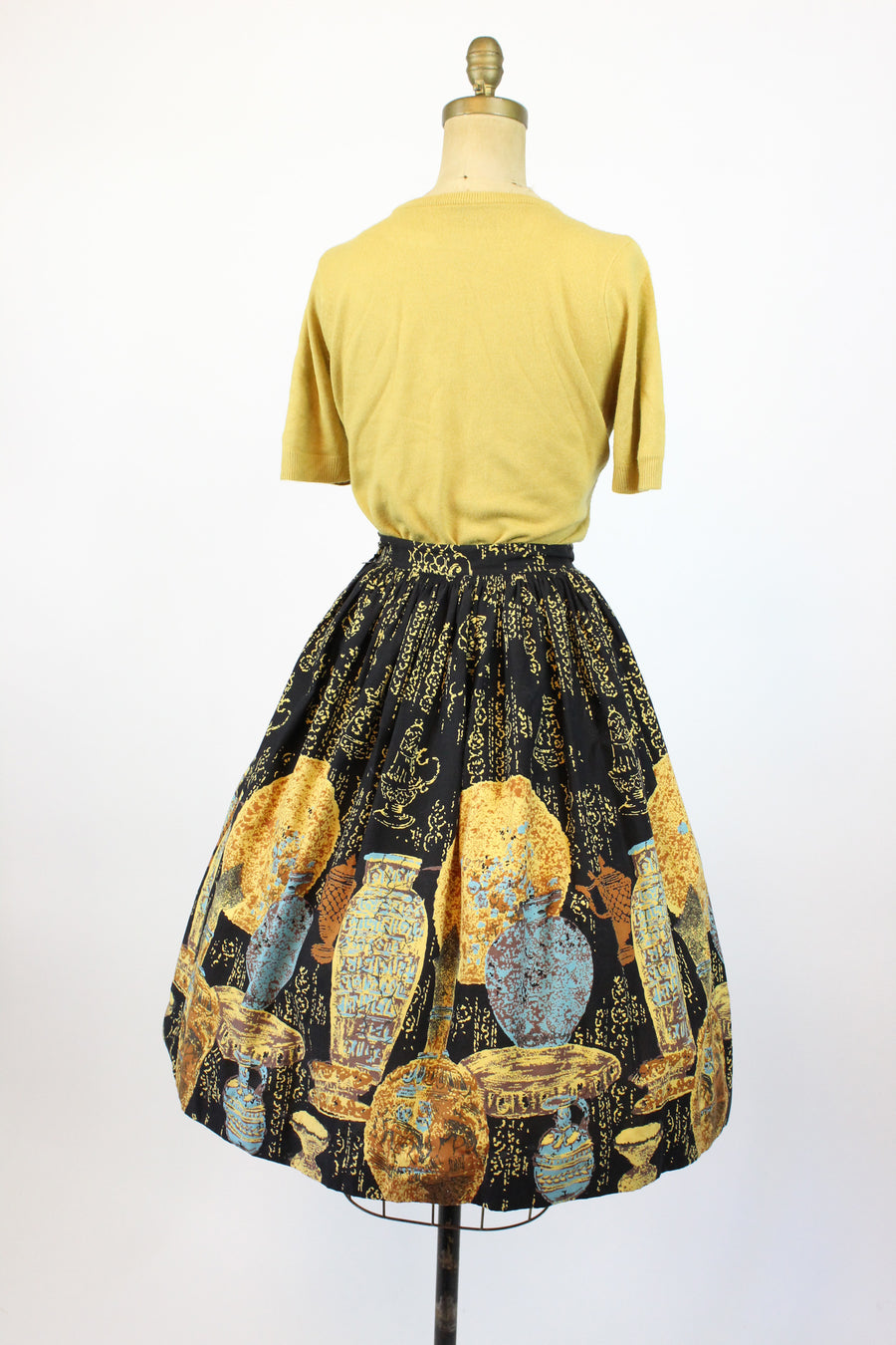 1950s novelty print skirt urns and vases xs | new in