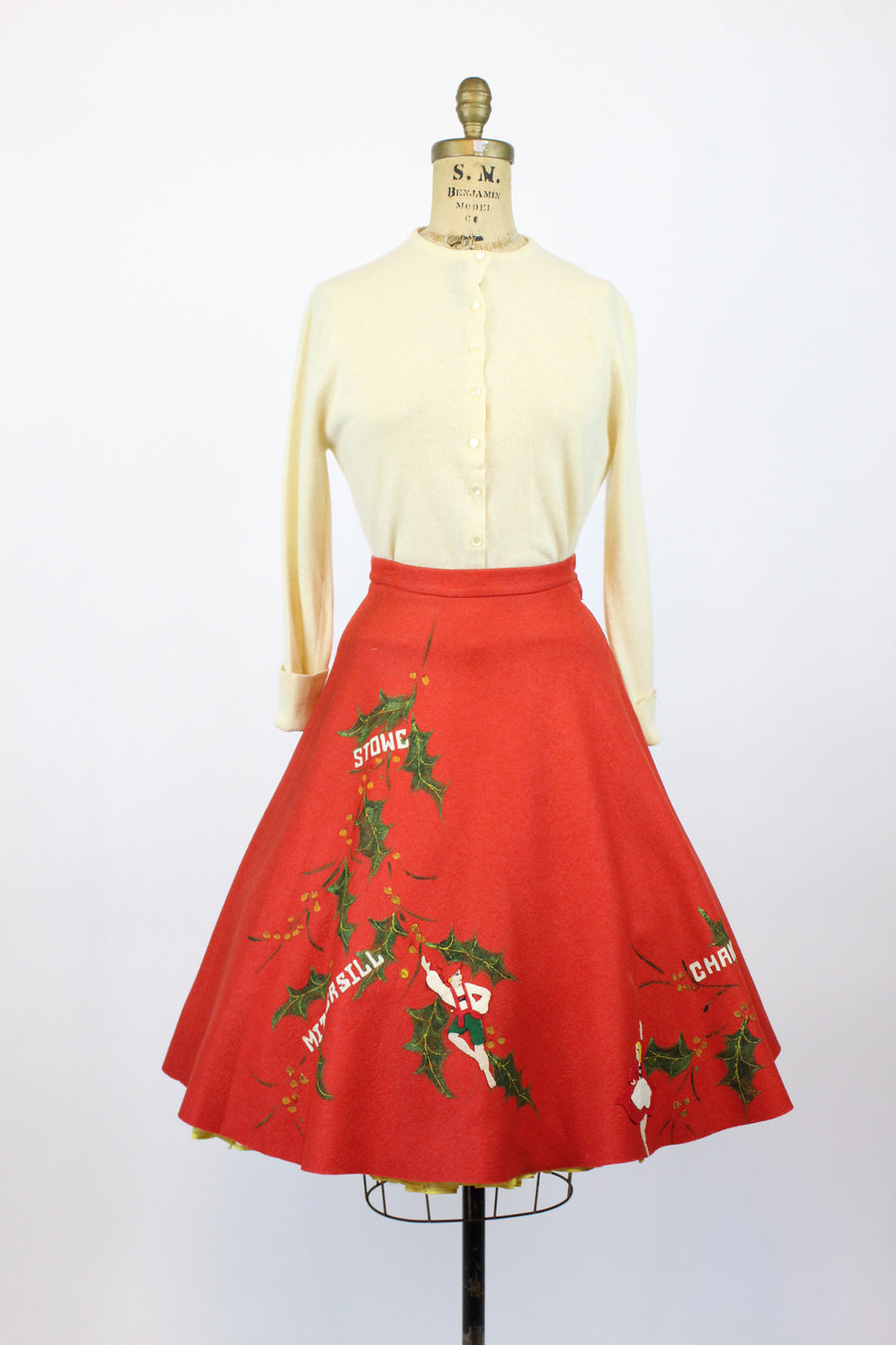 1950s novelty ski resort skirt and sweater set xs