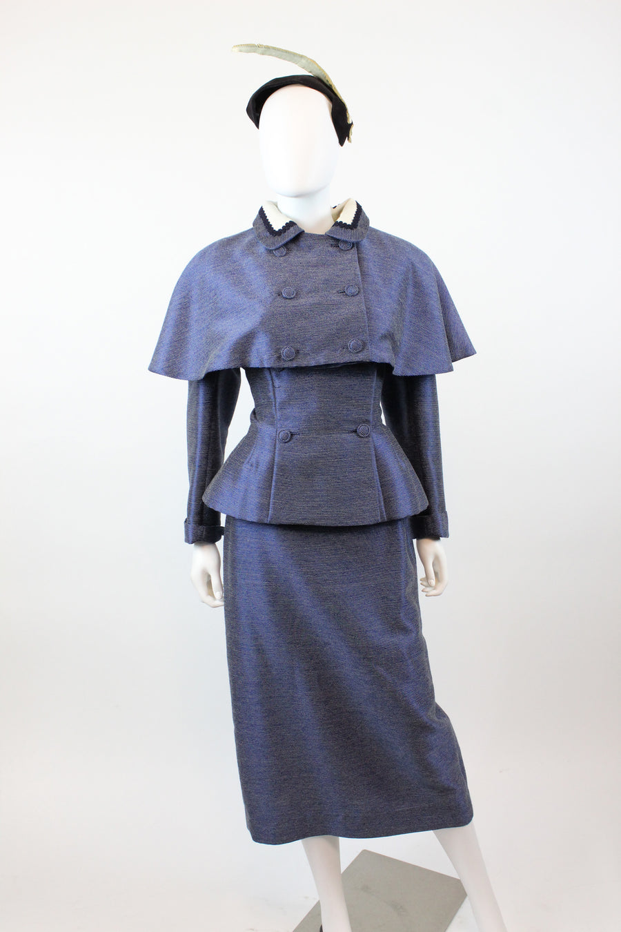 DEADSTOCK 1940's 1950's Lilli Ann cape suit medium | three piece suit