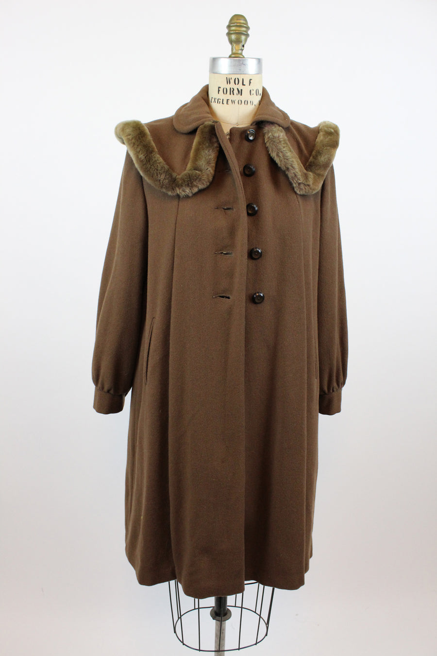 1940s cape collar coat small | vintage fur collar coat | new in