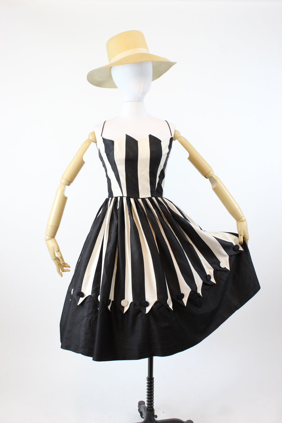 1950s circus dress xs | vintage pointed bust polished cotton dress | new in