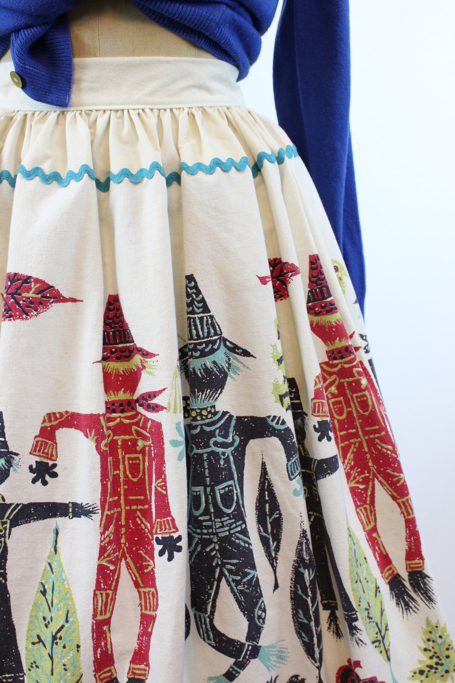1950s scarecrow pumpkin novelty print skirt xs | vintage fall cotton skirt | new in