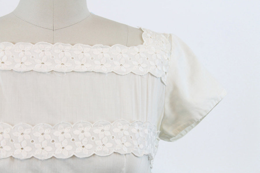 1950s cotton embroidered dress xs | vintage white eyelet lace dress