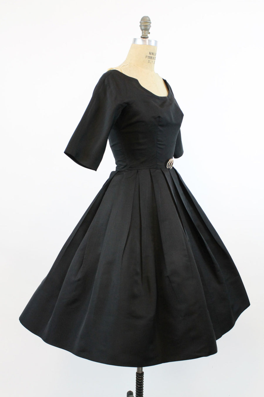 1950s  Suzy Perette dress xs | vintage notched neckline full skirt | new in