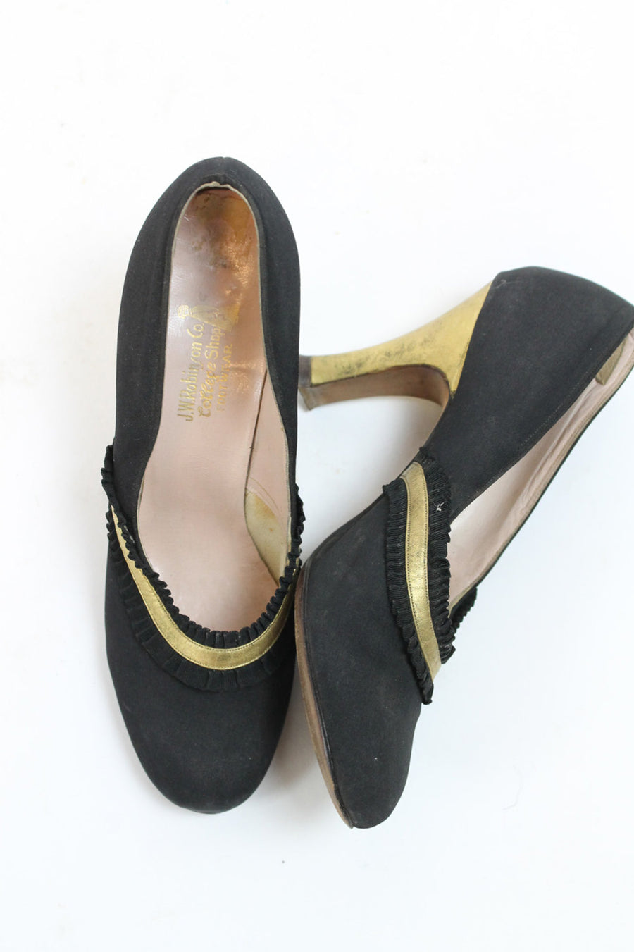 1930s gold and black deco shoes size 4.5 us | vintage 30s pumps