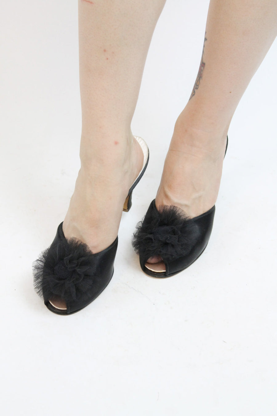 1950s Daniel Green shoes size 8.5 us | vintage satin mules slippers
