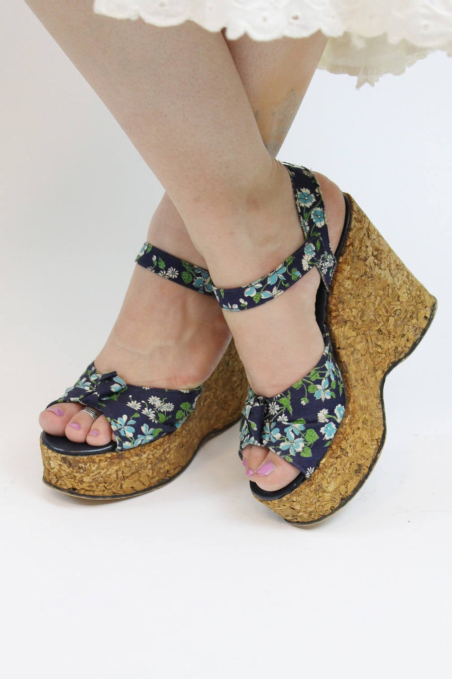 1970s cork sandals shoes size 5.5 us | vintage floral peep toe wedges platforms