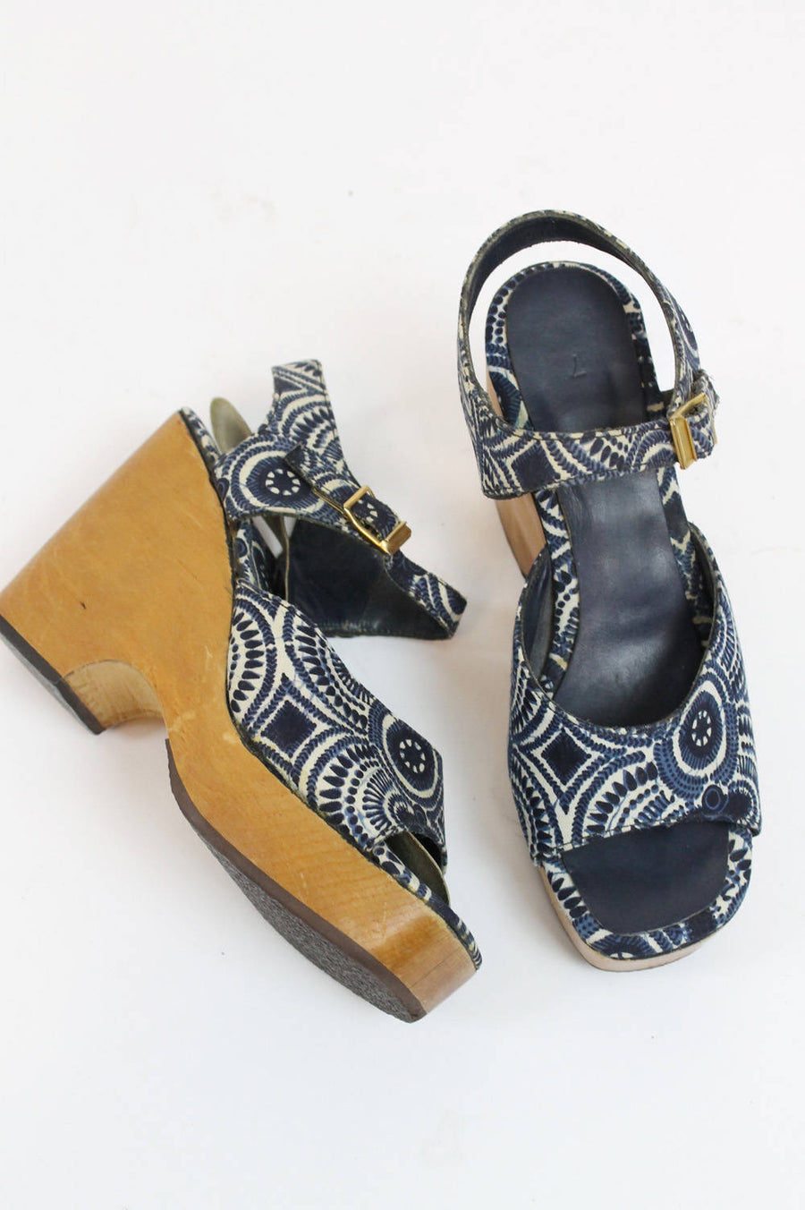1970s Bare Trap wood wedges size 7 us | vintage batik sandals platforms