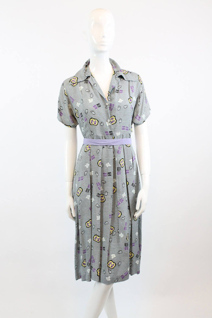 1940s novelty print dress medium | vintage figure and jugs print | new in