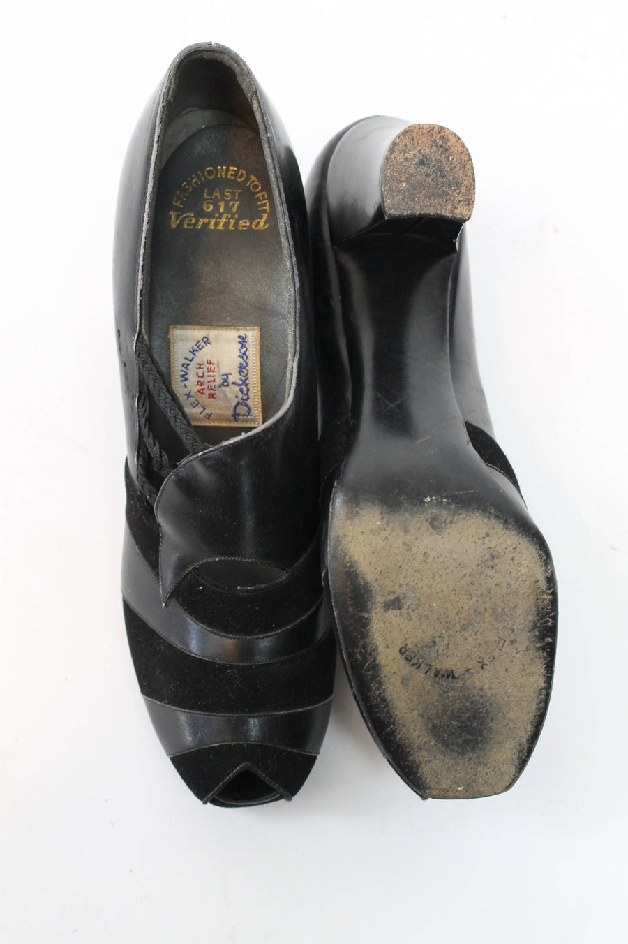 1930s suede and leather peep toe shoes size 6N US | vintage 30s pumps