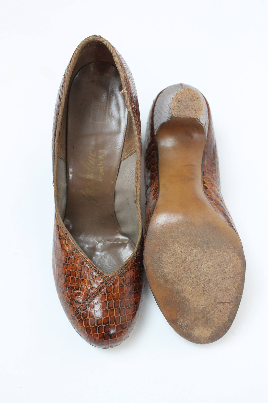 1950s cobra shoes | spectator pump | size 8