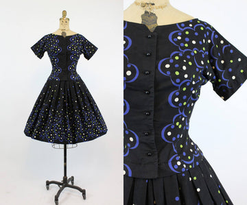 1950s op art Print cotton dress | vintage full skirt dress | xs